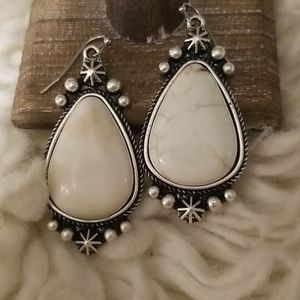ISAC White Turquoise Fashion Jewelry Earrings